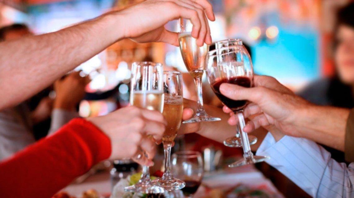 Burbuja, límite de participantes y cuidados: el protocolo de la Provincia para las fiestas
