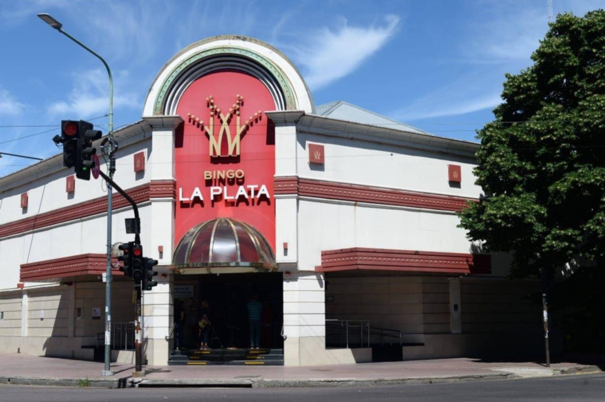 Con un aforo del 30% y solo el sector de tragamonedas, así reabre el Bingo de La Plata